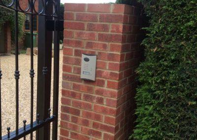 brick-pillar